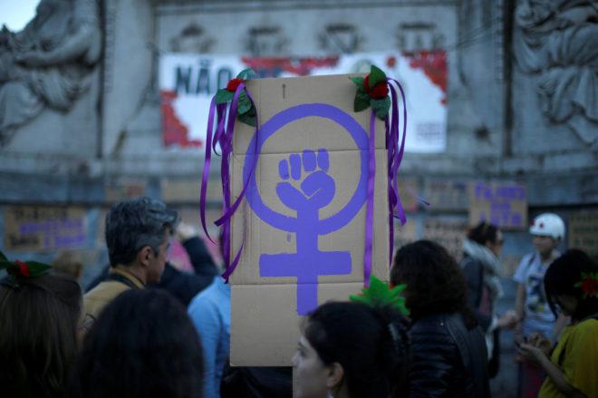 Concentración para conmemorar el Día Internacional de la Mujer en el centro de Lisboa.