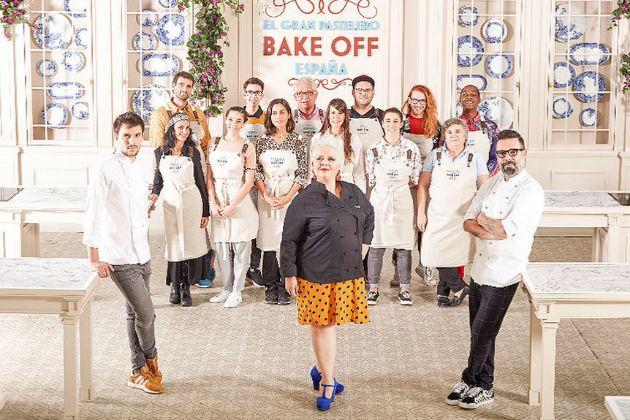 El jurado y los participantes de Bake Off España, el nuevo concurso de Cuatro presentado por Jesús Vázquez