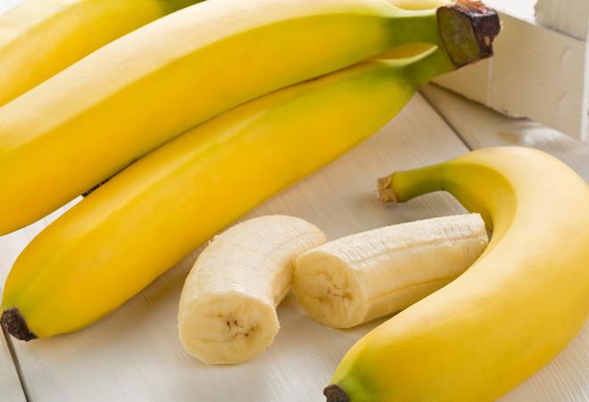 ¿Quitas las hebras del plátano? Estás cometiendo un error para tu dieta