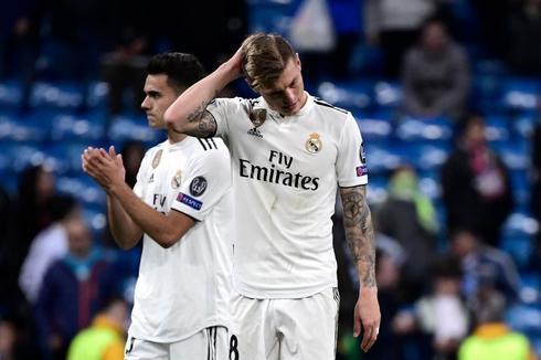 Kroos y Reguilón, tras la eliminación del Madrid en la Champions.