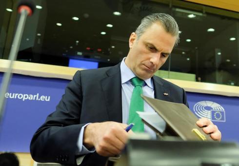 El secretario general de Vox, Javier Ortega Smith, en el Parlamento Europeo.
