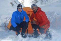 Suspenden la búsqueda de los dos alpinistas desaparecidos en el Nanga Parbat