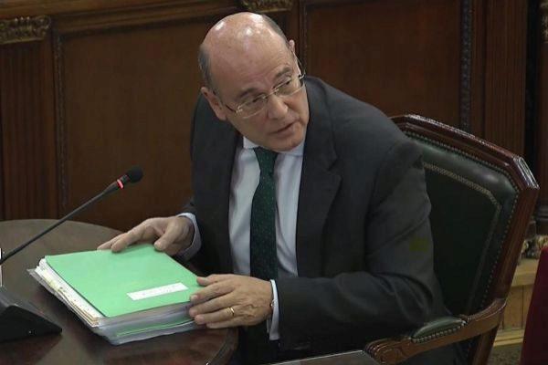 Pérez de los Cobos durante el juicio.