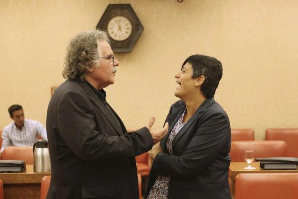Marian Beitialarrangoitia (Bildu) y Joan Tardà (ERC), en la comisión...