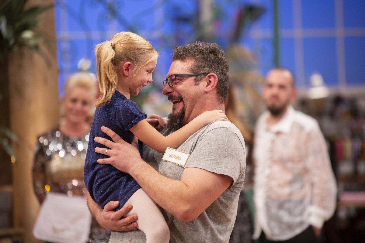 El reencuentro de Sergio y su hija Inés en Maestros de la Costura en La 1