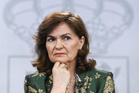 La vicepresidenta del Gobierno, Carmen Calvo, en la rueda de prensa posterior al Consejo de Ministros.