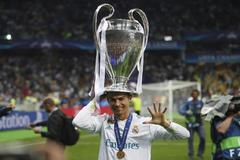 Cristiano, con la Champions en Kiev.
