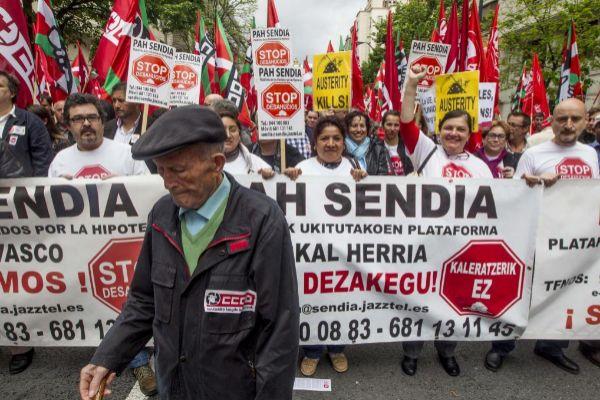 Manifestación contra los desahucios en Bilbao.