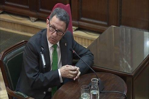 El jefe de la Guardia Civil en Cataluña el 1-O, Ángel Gozalo en el...
