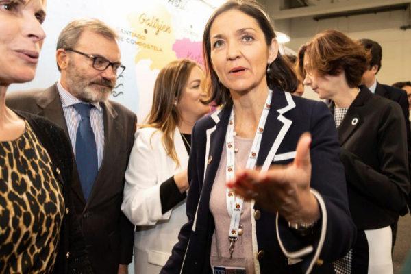 La ministra española de Industria, Comercio y Turismo, Reyes Maroto