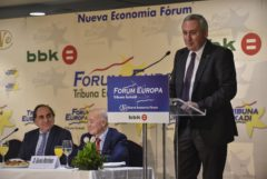 El presidente de Mondragon, Iñigo Ucin, durante su conferencia.