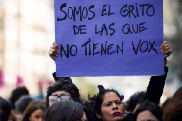 Pancarta en la manifestación de Donostia.