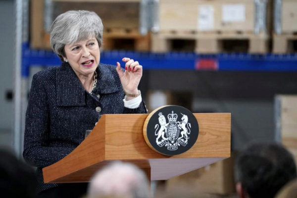 La primera ministra Theresa May da un discurso en Grimsby.