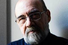 El periodista y escritor valenciano Guillermo Galván.