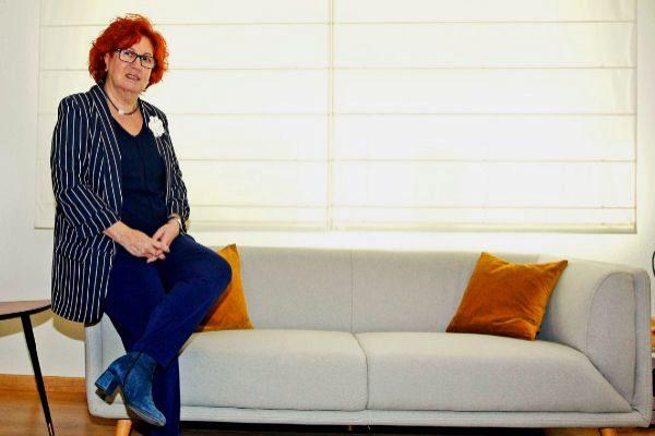 La periodista Rosa Villacastín recuerda el papel de los propios periodistas a la hora de abordar determinados contenidos que divulgan el machismo.