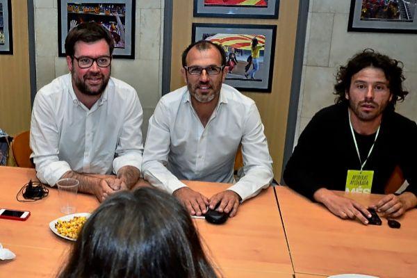 Antoni Noguera, Biel Barceló y Jaume Garau en la campaña electoral de 2015.