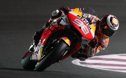Jorge Lorenzo, durante la cuarta sesión de entrenamientos libres, este sábado en Qatar.