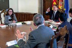 Pleno del Consell donde el presidente Ximo Puig anunció el adelanto electoral al que se opuso Mónica Oltra.