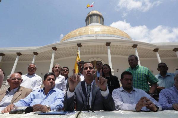 Guaidó, este domingo durante la rueda de prensa en el Palacio Federal Legislativo.