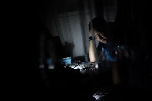 """Guaidó pedirá decretar el """"estado de emergencia"""" por el apagón que deja ya  al menos 17 muertos"""