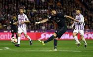 Benzema, durante el partido contra el Valladolid.