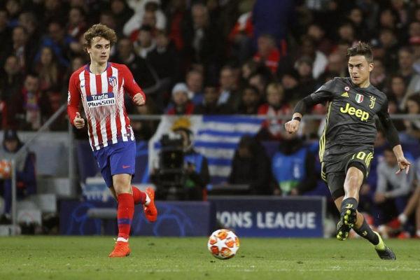 Griezmann y Dybala durante el Atlético - Juventus de Champions