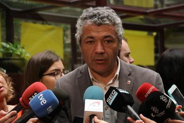 El secretario Migraciones, Oriol Amorós, condena el ataque.