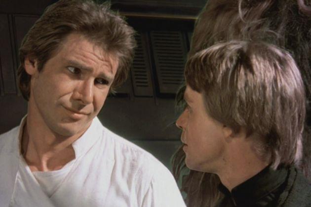 Han Solo (Harrison Ford) y Luke Skywalker (Mark Hamill) juntos en Star Wars