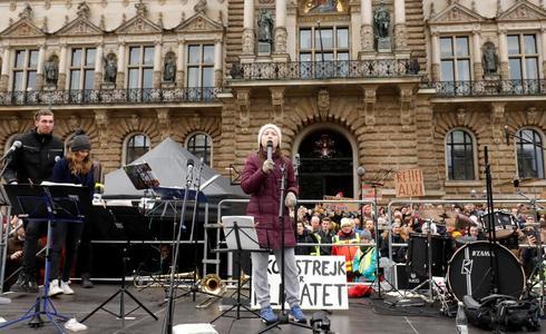 La activista adolescente Greta Thunberg, durante uno de sus actos.