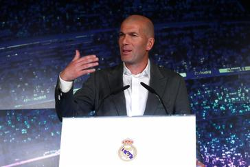 """Zidane: """"Vamos a cambiar cosas para los próximos años"""""""