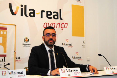 El alcalde de Vila-real, José Benlloch, ayer en rueda de prensa.