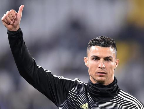 Turin (Italy).- Juventus <HIT>Cristiano</HIT> <HIT>Ronaldo</HIT> arrives for the Italian Serie A soccer match Juventus FC vs Udinese Calcio at the Allianz Stadium in Turin, Italy, 08 March 2019. (Italia) EPA/