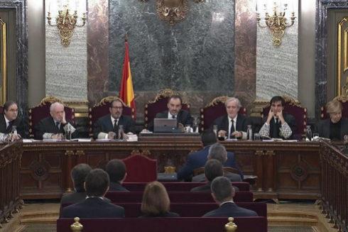 El tribunal del 1-0, durante la sesión de este martes en el Supremo