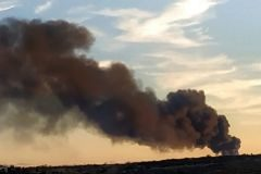 Extinguido el incendio en una nave de reciclaje de plásticos