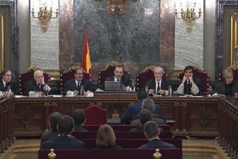 El tribunal del 1-O, durante la sesión de este martes