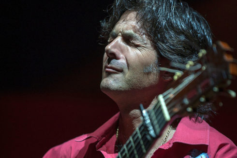 El compositor y guitarrista sevillano Niño de Pura a la búsqueda de la inspiración.
