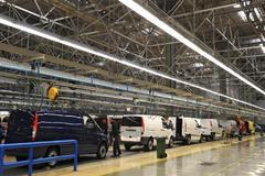 Vehículos Mercedes Benz en la fábrica de Vitoria.