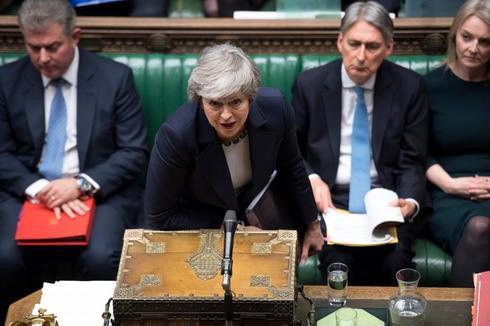 La primera ministra británica, Theresa May, interviene este miércoles en Westminster.