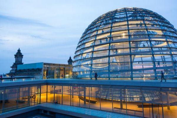 Imagen de la cúpula del Reichstag, en Berlín.