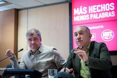Unai Sordo, líder de CCOO, junto a Pepe Álvarez de UGT en la presentación de sus valoraciones.