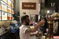 Narciso Bermejo en la nueva barra del Palentino.