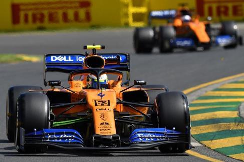 Demasiados problemas para Carlos Sainz en su estreno con McLaren