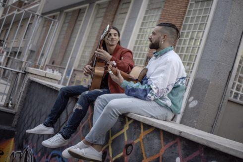 """Uña Y Carne el grupo de flamenco-pop de las canciones de la película """"neoquinqui"""" Criando Ratas"""