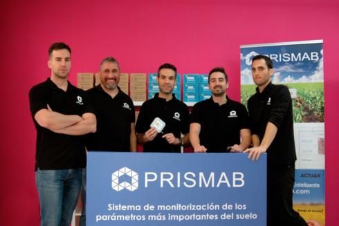 El equipo de  la startup alicantina  'agrotech' PRISMAB que ofrece una solución a través de unos sensores  al pequeño y mediano agricultor .