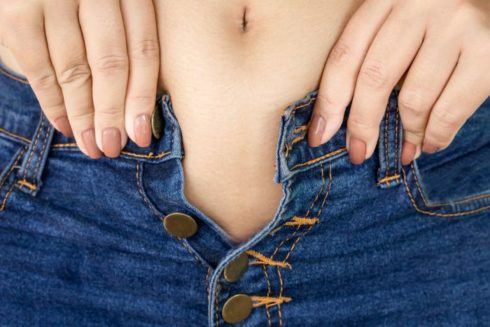 Cómo 'quemar' el exceso de calorías del fin de semana sin ir al gimnasio