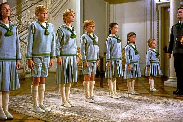 Fotograma de 'Sonrisas y lágrimas' (1965), de Julie Andrews y Christopher Plummer.