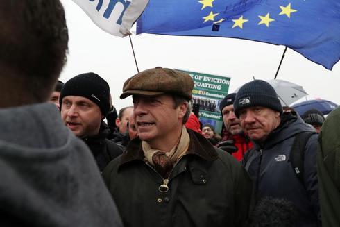 Nigel Farage, antes del inicio de la marcha.