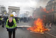 Otro sábado de violencia en París como respuesta al Gran Debate de Macron