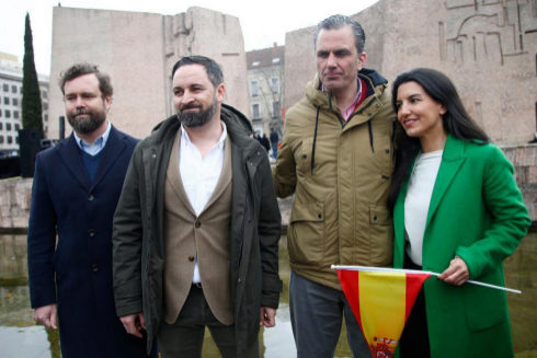 Santiago Abascal, Javier Ortega Smith, Iván Espinosa de los Monteros y Rocío Monasterio, en la manifestación de Colón