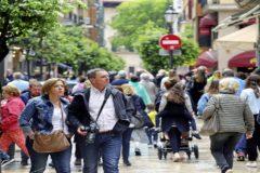 Las calles de Palma llena de lugareños y extranjeros.